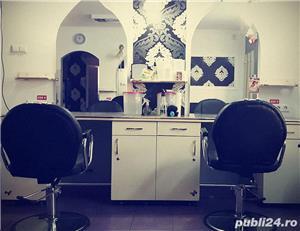 Chirie scaun pentru coafeza/frizer/manichiurista la salon Prestige - imagine 2