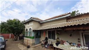 Vând casă în Comuna Farcasele jud.Olt. - imagine 5
