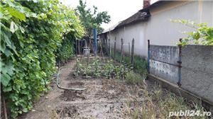 Vând casă în Comuna Farcasele jud.Olt. - imagine 2