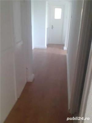 apartament 3 camere de vânzare - imagine 2