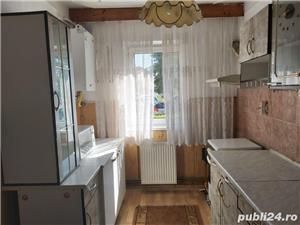 Apartament 3 camere Vasile Aaron - imagine 2