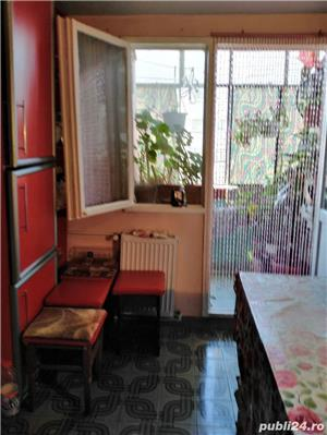 proprietar vând apartament 2 camere - imagine 10