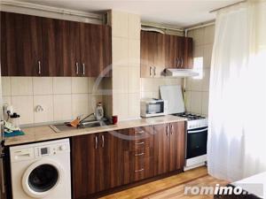 Apartament cu 2 camere,60mp,semidecomandat,situat in  Gheorgheni! - imagine 2