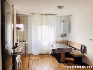 Apartament cu 2 camere,60mp,semidecomandat,situat in  Gheorgheni! - imagine 3