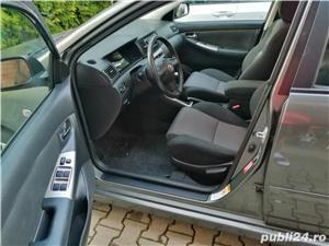 Toyota corolla  - imagine 5