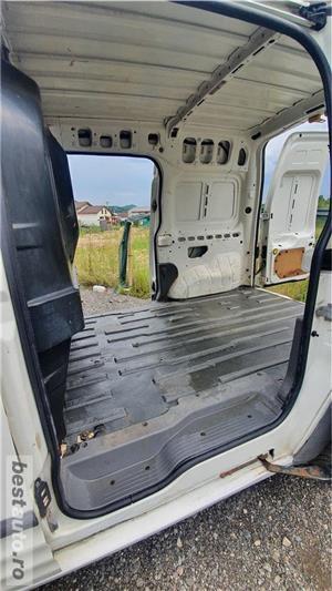 Ford Transit Connect T230 1.8TDDI 90cp 850kg util 2 foi de arc spate - imagine 10