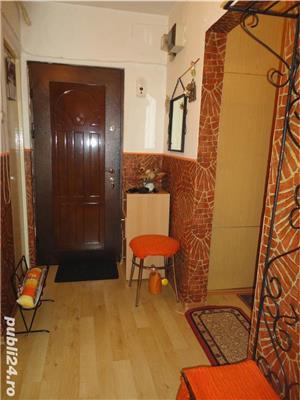 Zona Han - de inchiriat apartament cu 2 camere,2 bai,balcon,etaj 3 - imagine 4