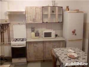 Casa de vînzare Zona Bălcescu 2 camere decomandate - imagine 1