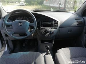 Vând Kia Carens 2.0 crdi 2005 - imagine 5
