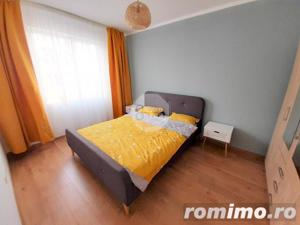 Vanzare Apartament, 2 Camere, Decomandat, 55 mp, Zona Sub Cetate ! - imagine 4