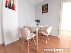Vanzare Apartament, 2 Camere, Decomandat, 55 mp, Zona Sub Cetate ! - imagine 2
