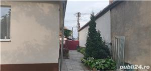 Casa singur in curte zona Lupeni- str.Teilor - imagine 2