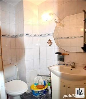 Vând apartament 3 camere cu mansardă  - imagine 9