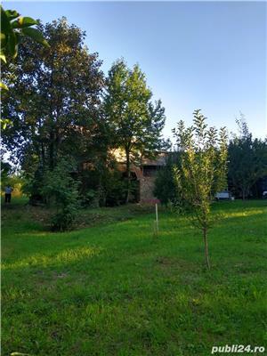 Vând teren cu casa Pucioasa - imagine 8