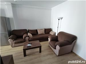 INCHIRIEZ apartament 2 camere,renovat, zona Centrala - imagine 3