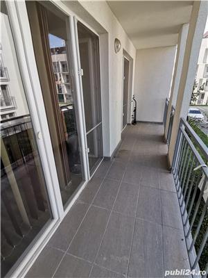 INCHIRIEZ apartament 2 camere,renovat, zona Centrala - imagine 8