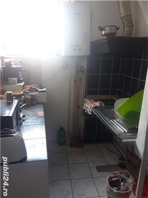 Vand apartament cu 4 camere in zona Balcescu - imagine 3