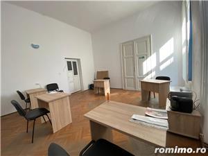 Spatiu de birou, situat in Piata Unirii - imagine 1