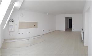 Vând apartament cu trei camere - imagine 5