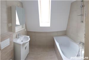 Vând apartament cu trei camere - imagine 4