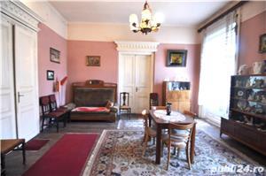 Piata Maria, 4 camere in imobil istoric - imagine 1