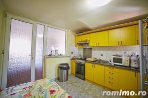 Vilă cu 3 apartamente în zona Functionarilor - imagine 13