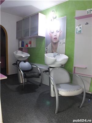 Inchiriez posturi la salon Essentialstyle - imagine 4
