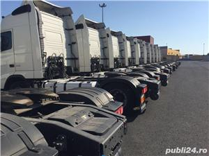 Se angajeaza SOFER TUR-RETUR autocamion frigo - imagine 2