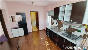 Bloc Nou-Stadion/Apartament o camera/250 euro /parcare - imagine 10