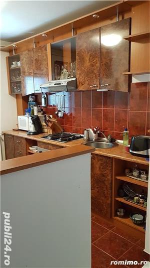 Apartament de vanzare cu 3 camere (Dambovita) - imagine 2