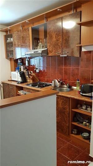 Apartament de vanzare cu 3 camere (Dambovita) - imagine 11