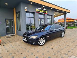 """BMW SERIA 730D ~ EURO 5 ~ LIVRARE GRATUITA/Garantie/Finantare/Buy Back BMW SERIA 730D ~ EURO 5 ~ LIVRARE GRATUITA/Garantie/Finantare/Buy Back 2009 , se pot verifica accidentele și km mașinii (apăsând butonul """"Verifică""""), cutie de viteză Automata, Euro 5. Oferit de Persoana fizica."""