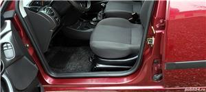 Ford Focus kombi 1,8TD, 124000 km, CASH sau RATE FIXE - imagine 6