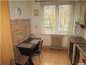 Apartament de inchiriat, doua camere, decomandat B-dul Milea , central, 250 EURO/ luna, Sibiu - imagine 10