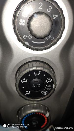 Toyota yaris , schimb cu motocicleta - imagine 9