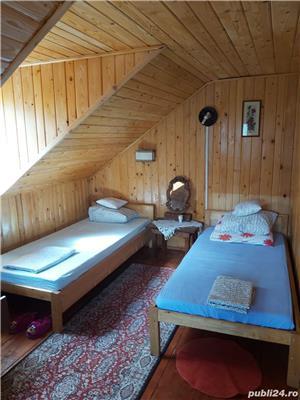 Sinaia , casa de vacanta , 3 camere , 300 Euro /luna - imagine 4