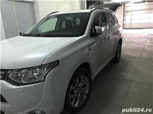 Mitsubishi Outlander INSTYLE PHEV PLUG-IN HYBRID 2.0 202 C.P 4WD TVA deductibil - imagine 4