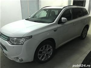 Mitsubishi Outlander INSTYLE PHEV PLUG-IN HYBRID 2.0 202 C.P 4WD TVA deductibil - imagine 1