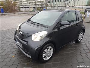 Toyota iq  - imagine 2