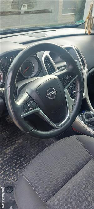 Opel Astra J - imagine 13