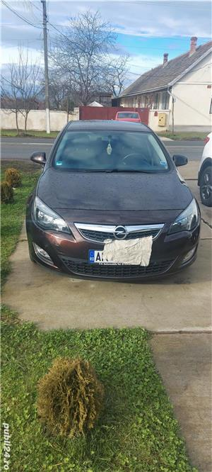 Opel Astra J - imagine 14