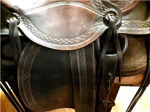Vând șa pentru călărie din piele naturală culoarea maron - imagine 5