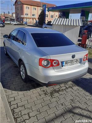 Volkswagen  Jetta 1.6  - imagine 4