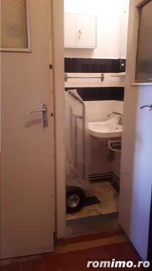 Cafrom Imobiliare - Central - Apartament 4 Camere de Vanzare - imagine 20