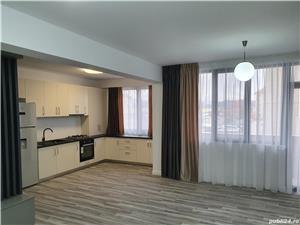 Închiriez apartament 3 camere  - imagine 1
