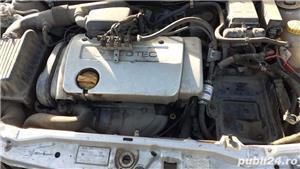 dezmembrez Opel astra  an 2002 - imagine 3