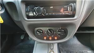 Vand Renault Clio 2 Hatchback 1.4i Clima 75cp Geamuri electrice - imagine 9