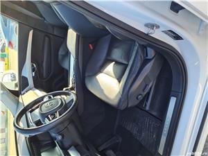 Volvo XC90  - imagine 6