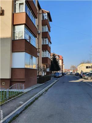 Inchiriere apartament 3 camere 70 mp - imagine 9