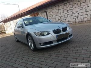 Bmw Seria 3 330 - imagine 2
